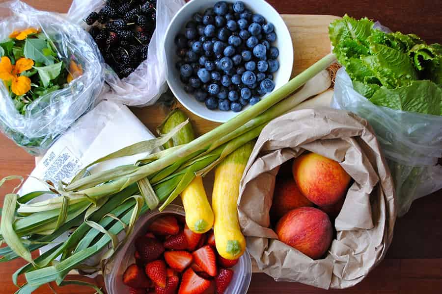 Healthy shopping for assorted fruits and vegetables